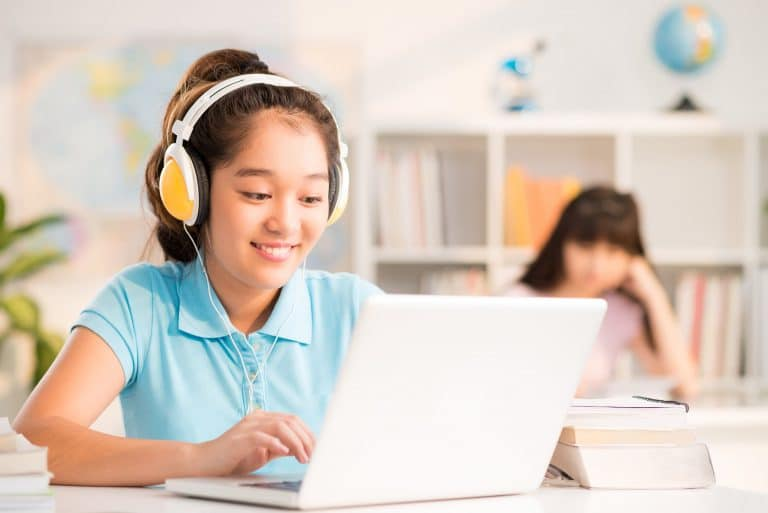 Teaching with Skype: Practical Platform Advice for Beginners